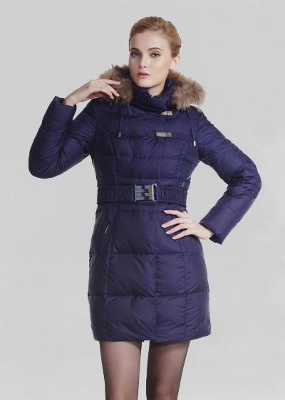 秋冬季女装羽绒服 修身显瘦大毛领加厚中长款羽绒服 威伦蒂
