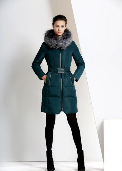 纯色修身连帽银狐毛领威伦蒂加厚中长款羽绒服