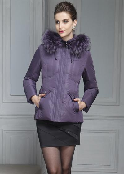 威伦蒂冬季女修身气质短款中老年羽绒服