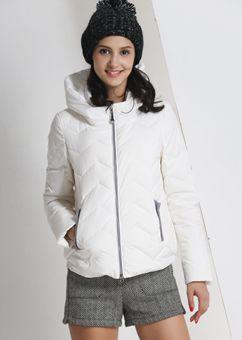 万博最新版下载2015冬季新万博体育世杯版女 韩版短款时尚堆堆领白鸭绒外套女